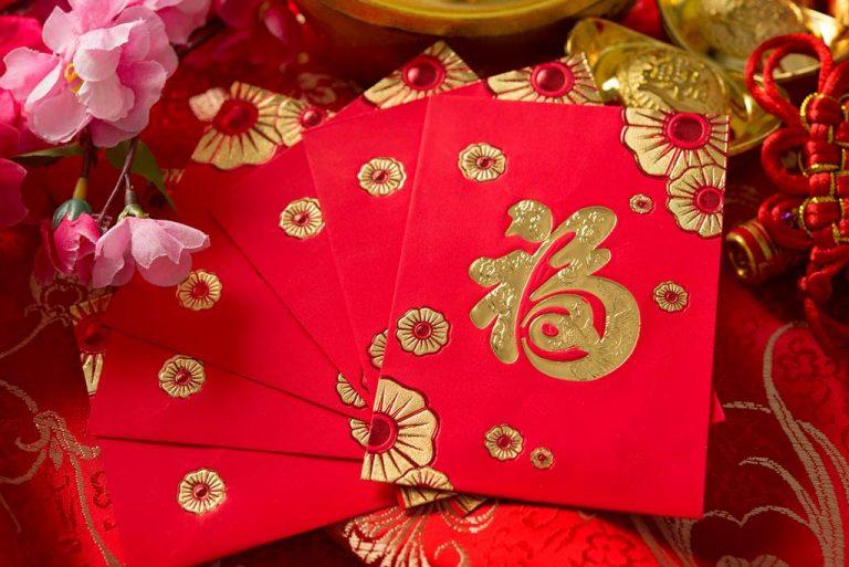 Traditionele kaarten die tijdens het Chinese Nieuwjaar worden aangeboden